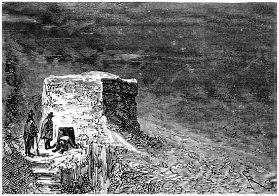 Cuando consiguieron despejar la entrada de la casucha, se embutieron precipitadamente en ella todos los viajeros.