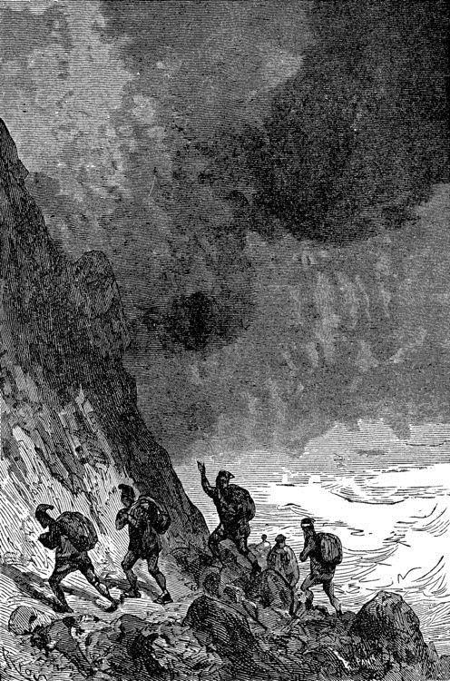 Pronto la tromba se abatió sobre la montaña.