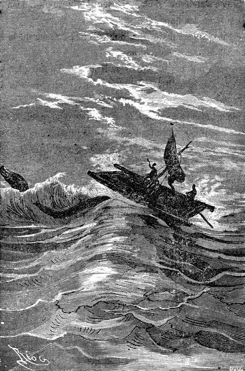 La balsa ha sido izada por encima de las olas